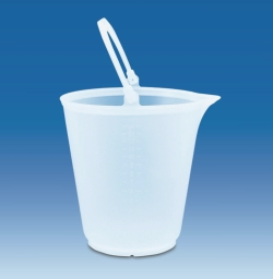 Buckets with spout, PP