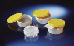 Sample containers external bin, PE with snap on lids